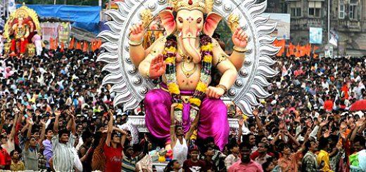 Ganesh chaturthi idol immersion